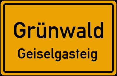 Forsthausstraße in GrünwaldGeiselgasteig